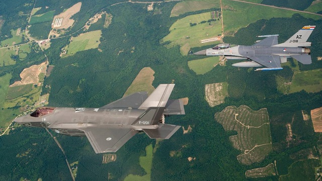 Dutch F-35A with Dutch F-16A
