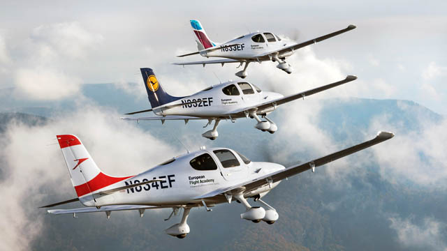 Lufthansa Aviation Training Cirrus SR20