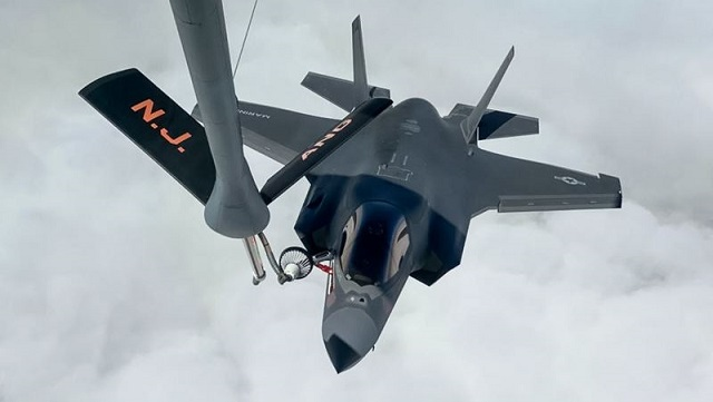 USMC F-35B Air to Air refueling