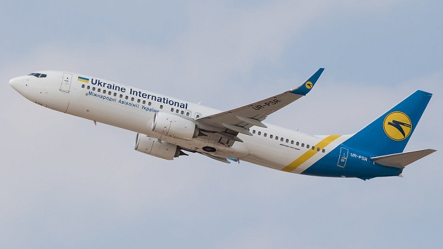 Ukraine International Airlines Boeing 737
