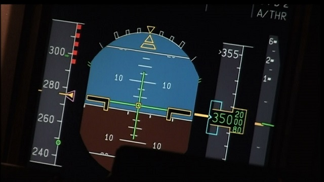 Airbus A340 PFD with speed tape